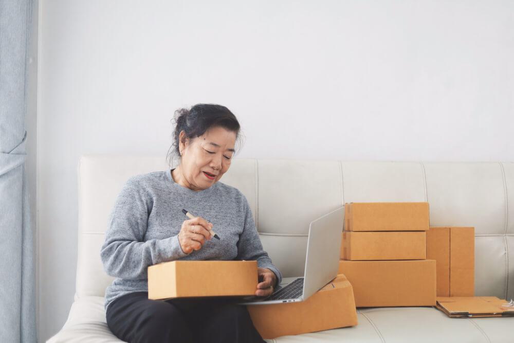 福岡の遺品整理業者の相場や流れを知りたい人は終活の窓口へ