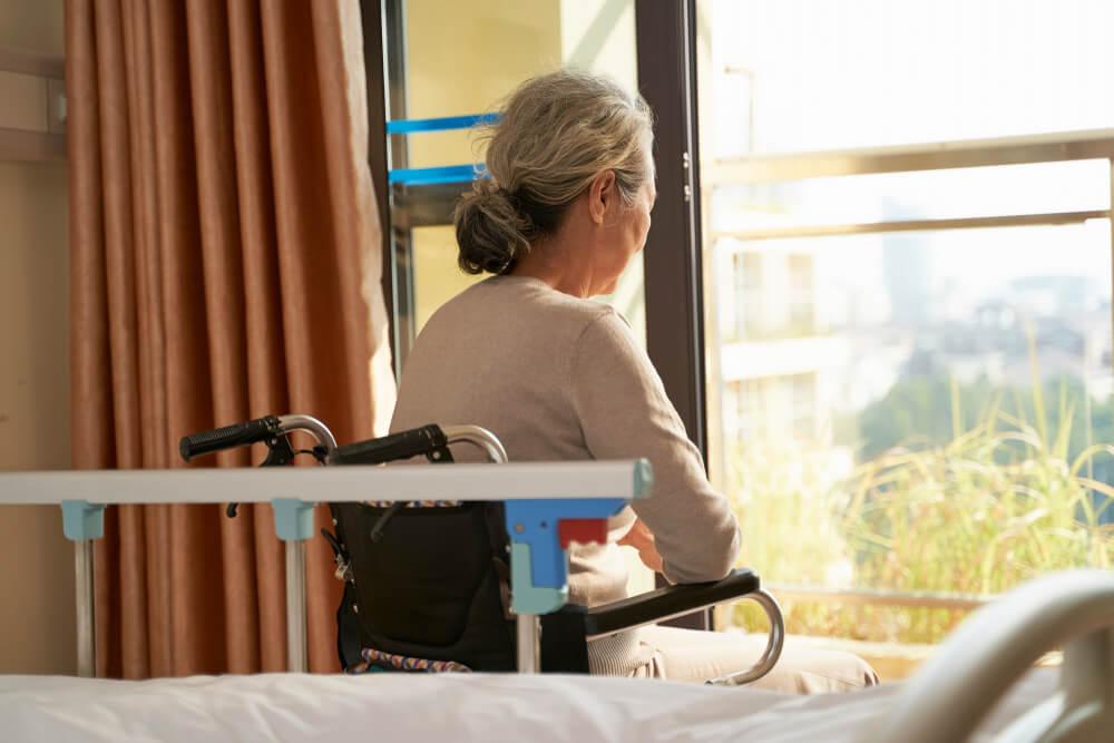 老人ホーム入居者のコロナ渦による不満